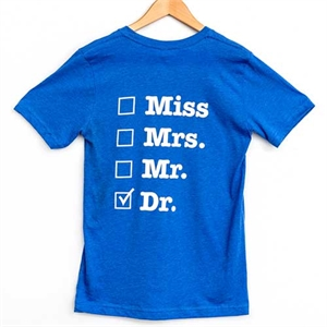 "<p class=""name related-name"">T-Shirt - Dr.</p>"